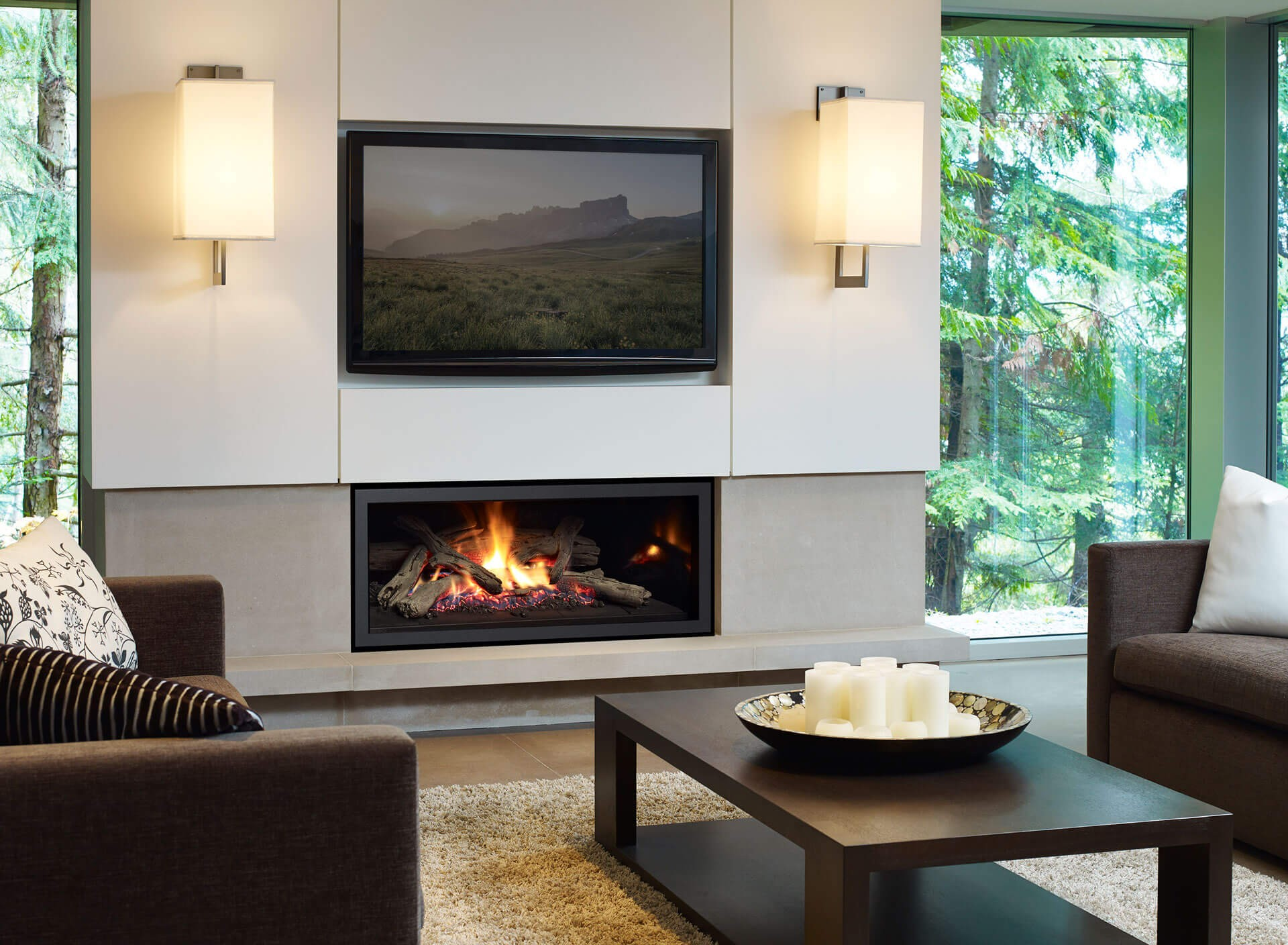 Regency Model U900 Gas Fireplace